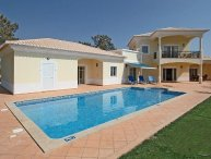 3 bedroom Villa in Vilamoura, Algarve, Portugal : ref 2022356