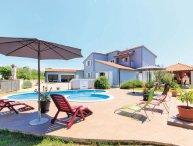 5 bedroom Villa in Pula-Valdebek, Pula, Croatia : ref 2219743