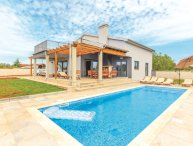 4 bedroom Villa in Pula-Skatari, Pula, Croatia : ref 2278337