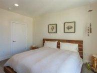 Furnished 2-Bedroom Apartment at S Los Robles Ave & El Dorado St Pasadena