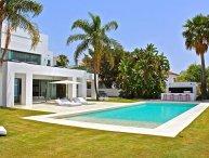 Villa Blu Marbella, Sleeps 12