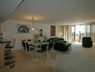 LUXURIOUS AND SPACIOUS 3 BEDROOM, 2 BATHROOM APARTMENT