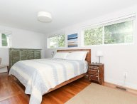 Beautiful 2 Bed 1.5 Bath Apartment