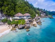 Villa Impossibles - Beachfront 4 Bedroom Villa