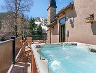 Aspen Dream Villa, Sleeps 12