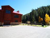 101 River Lodge - Large Log Cabin on the River, In Town, Ski In/ Ski Out, King Beds, Washer/Dryer