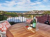 'Dual level Art Deco with Ocean Views'
