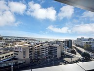 Private serviced apartment Grand Chancellor 7th floor Auckland, north facing