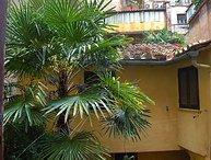 2 bedroom Apartment in Roma: Piazza Navona   Campo dei Fiori, Lazio, Italy : ref 2284829