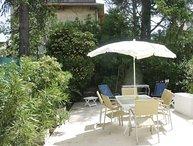 3 bedroom Villa in Avignon, Vaucluse, France : ref 2220153