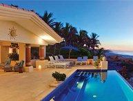Villa De La Playa*