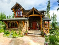 Enjoy beautiful mountain views & privacy from this elegant Highlands Chalet