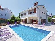 6 bedroom Villa in Rovinj, Istria, Croatia : ref 2043989