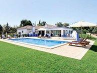 3 bedroom Villa in Boliqueime, Vilamoura, Algarve, Portugal : ref 2132997