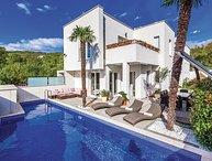 4 bedroom Villa in Crikvenica, Crikvenica, Croatia : ref 2277527