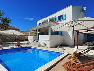 6 bedroom Villa in Zadar, North Dalmatia, Croatia : ref 2298952
