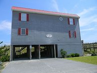 Seahorse Barn - Fantastic Oceanfront View, Conventional Interior, Nightlife