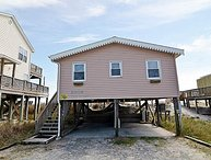 Tan-N-Sand - Entrancing Oceanfront View, Traditional Beach Cottage, Pet Friendly