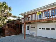 Seaside Retreat - Spectacular Oceanfront View, Superb Coastal Decor, Charming