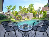 Jepun1, 3 bed family villa by the beach, Sanur