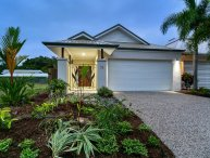 Azure Beachhouse @ Palm Cove