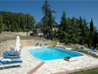 3 bedroom Apartment in San Gimignano, Tuscany, Italy : ref 2372724