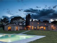 9 bedroom Villa in Buonconvento, Tuscany, Buonconvento, Italy : ref 2373826