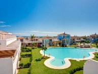 3 bedroom Apartment in Estepona, Costa del Sol, New Golden Mile (Marbella