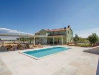 5 bedroom Villa in Rovinj, Croatia : ref 2219253
