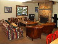 Secluded Condo - Close to Lifts (2603)