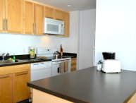 WINSOME 1 BEDROOM 1 BATHROOM FURNISHED APARTMENT