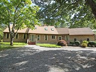 WONDERFUL,SPACIOUS, LOVINGLY MAINTAINED HOME IN SENGEKONTACKET AREA