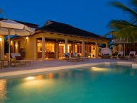 Privacy and luxury  describes this private villa, perfect for visitors looking for chillout and relaxation at the Caribbean Sea