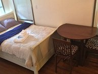 A Very Accessible 1 Bed , 1 Bathroom Studio Unit