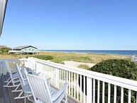Giggigan's-Enjoy a relaxing vacation at this ocean view home on the north end
