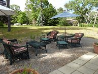GREAT VALUE FOR 8 GUESTS! WALK TO BAY BEACH!