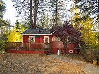 RED CABIN on Golf Course, SKI LEASE, near Northstar,
