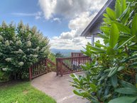 5BR Fantastic Views, Pool Table, King Bed, Stone Fireplace, Leather Furniture, Foosball, Between Boone and Blowing Rock
