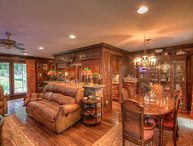 Upscale Home with Timeless Style on Beech Mtn - 3 King Suites, Fire Pit with
