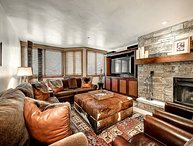 2BR Platinum Condo in Ski-In/Ski-Out Kiva at Beaver Creek w/ Wood Fireplace