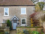 WOODSIDE COTTAGE, stone cottage, woodburning stove, WiFi, enclosed garden