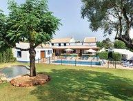 4 bedroom Villa in Boliqueime, Algarve, Portugal : ref 2308018