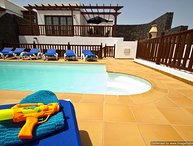 Fantastic Villa in Playa Blanca with Hot Tub, PlayPark, Air Con & Wifi LVC258776