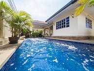 Baan Chokdee |  5 Bed Pool Villa near Jomtien Beach in South Pattaya
