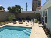 7 BR/4BA Gulf View / Private Pool / Easy to Beach