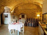 Rustic 2 Bedroom Apartment at Macie in San Gimignano
