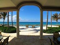 Waterside 3 bedroom villa on Grand Bahamas