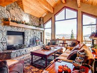 5 BR/ 4 BA second to none luxurious mountain home, sleeps 13, private hot tub, great views!