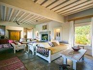 Picturesque 5 Bedroom Home El Chorro