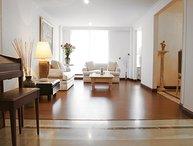 Classic 3 Bedroom Apartment in Santa Barbara